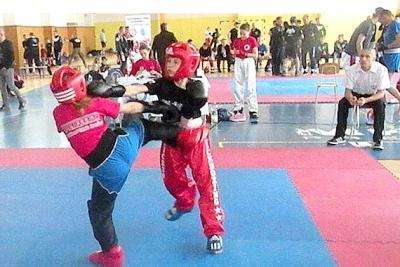 Ani po 3. kole Open ligy SZKB kapitánka Kickbox Leon a CVČ Revúca Simonka Sokolová nenašla premožiteľku