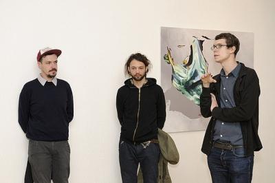 O KRAJ (A) INE. Súbor vystavených diel ponúka výtvarné práce mladej generácie slovenských výtvarných umelcov
