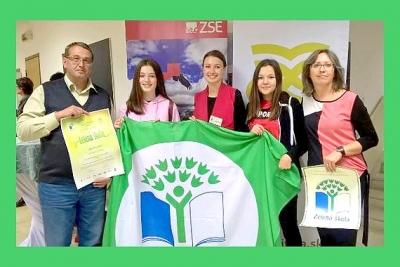 Získali oficiálny medzinárodný certifikát a vlajku programu ZELENÁ ŠKOLA