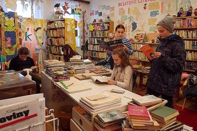 Obecná knižnica v Gemerskej Polome realizuje projekt akvizície knižničného fondu
