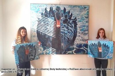 Rožňavských študentov zaujímala výstava Rolanda Neupauera Internácia