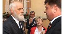 Ocenenie Jurajovi Ondrejčíkovi za zásluhy o obnovenie hrobov padlých vojakov