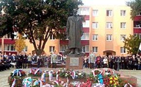 Členovia MO SZPB v Rožňave si pripomenuli 71. výročie Karpatsko-duklianskej operácie na Dukle, vo Svidníku i v Poľsku
