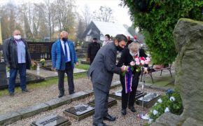 Uctění tragické smrti Jána Ušiaka, velitele partyzánského oddílu Jana Žižky v Čeladné