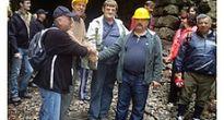 Prechod tunelom, ktorým dodnes žiadny vlak neprešiel, ale prešla desaťmesačná Karolínka, ale aj vyše 80-roční seniori