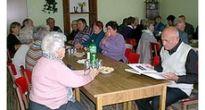 Revúckolehotskí dôchodcovia si v zrekonštruovanom klube pripomenuli mesiac úcty k starším