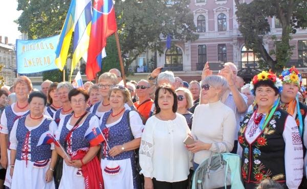"""Reprezentovali nás na Festivale ľudí ctihodného veku """"Zlaté roky"""" v ukrajinskom Ľvove"""