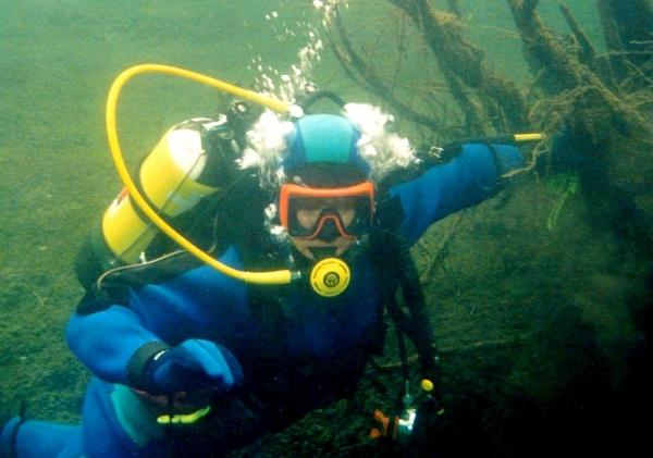 Onevšedných záľubách aaktívnom živote potápača, zberateľa, inštruktora Petra Ferdinandyho z Revúcej