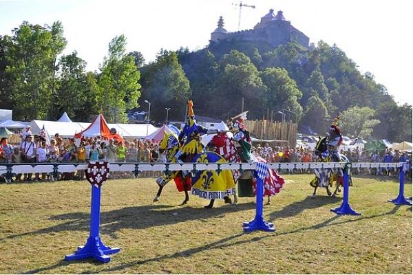 Pod hradom Krásna Hôrka odštartuje už jedenásty ročník Krásnohorských hradných hier