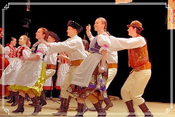 Regionálnu súťažnú prehliadku detských folklórnych súborov - Zlatá strunka hodnotili v Hnúšti