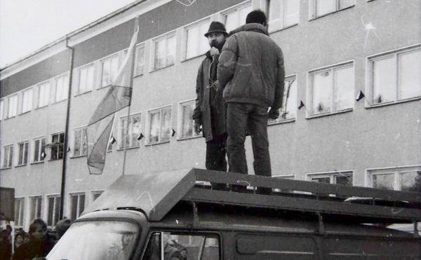 Revolučná jeseň 1989 v Rimavskej Sobote – diskusia o novembrových udalostiach