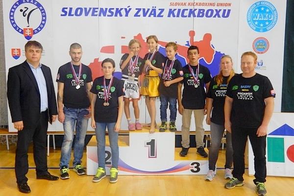 Tretie kolo KICKBOX  LIGY sa uskutočnilo v Lučenci aj za účasti Revúčanov