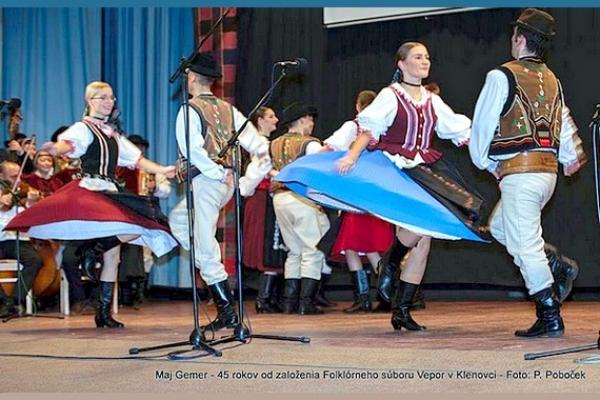 Galaprogram venovaný 45. výročiu vzniku Folklórneho súboru VEPOR v Klenovci