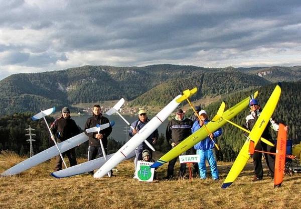 Nad Dobšinou budú v júni lietať letecké modely