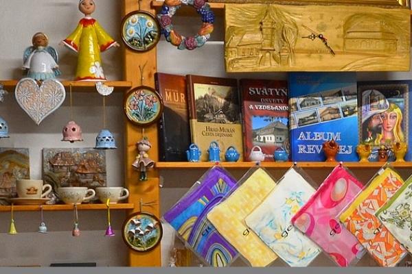 Služby Turistického informačného centra v Revúcej využilo od začiatku roka 2017 viac ako 2 500 návštevníkov