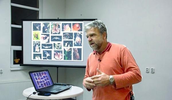 Zberateľ strateného času – Marcel Uhrin ako fotograf
