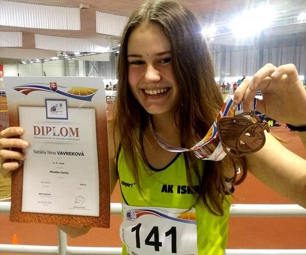 Z Majstrovstiev Slovenska v atletike mladších žiačok Revúčanky priniesli bronz
