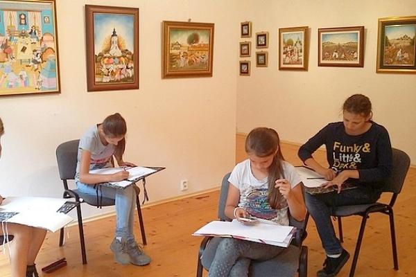 Výtvarný tábor prispel k zmysluplnému využitiu umeleckého potenciálu u nadaných detí
