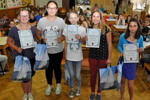 Na XXXIII. ročníku Okresnej vlastivednej súťaže PRAMENE zvíťazilo družstvo žiakov ZŠ Dr. V. Clementisa v Tisovci