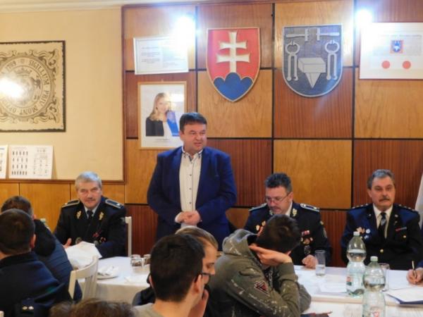 Na výročnej členskej schôdzi DHZ v Jelšave hodnotili, povyšovali i oceňovali
