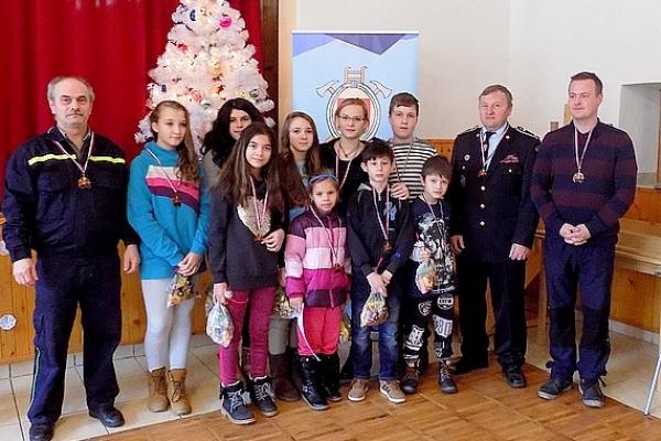 Zimný zraz hry Plameň 2016 pre deti revúckeho okresu bol v Magnezitovciach