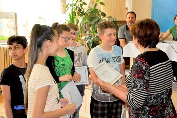 Okresná vlastivedná súťaž Pramene pozná 36. víťazný tím - žiakov ZŠ Pavla Dobšinského z Rimavskej Soboty