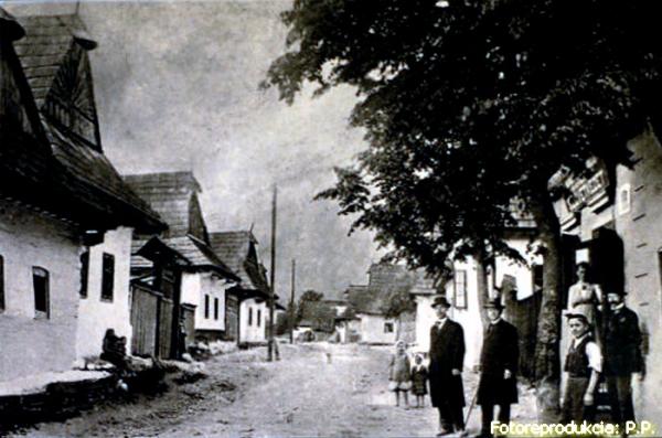 Osem zo štrnástich kníh napísal Pavol Hlodák o rodnej obci Muráň