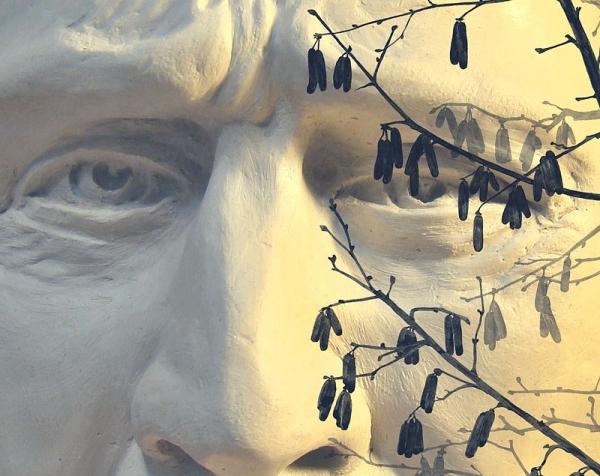Výstavu nestarnúceho umelca Juraja Halyáka otvoria v rožňavskej Galérii