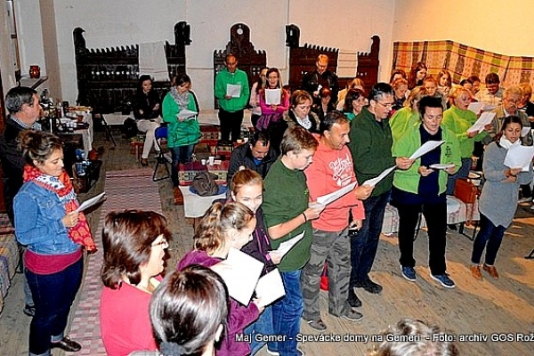 Spevácke domy na Gemeri s folkloristami okresov Revúca, Rimavská Sobota a Rožňava