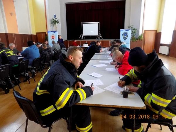 Zorganizovali základnú prípravu členov hasičských jednotiek revúckeho okresu