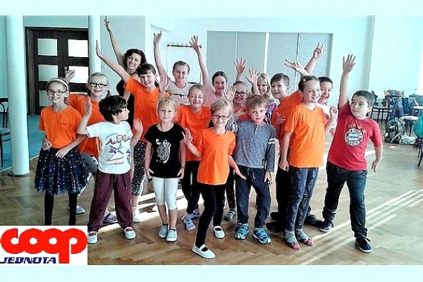 """Happy Dance Revúca a projekt """"Nech sa nám netúlajú"""""""