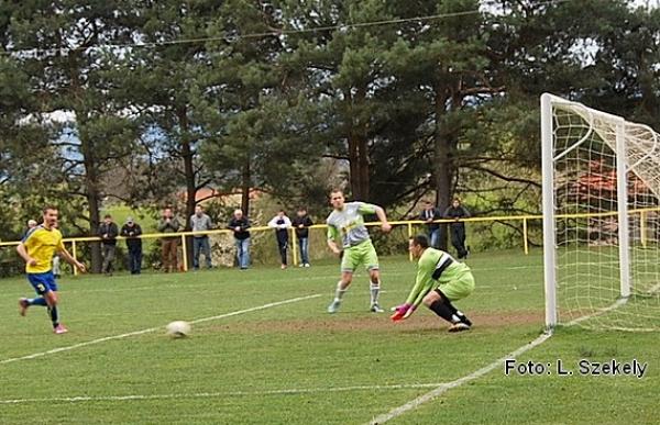 Hornogemerské futbalové derby zápasy v Krásnohorskom Podhradí a v Gemerskej Hôrke