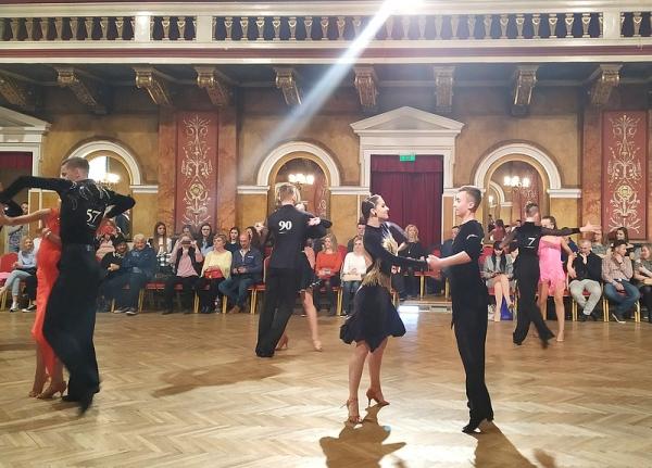Lea a Tomáš úspešní v spoločenských tancoch v Čechách i na Slovensku