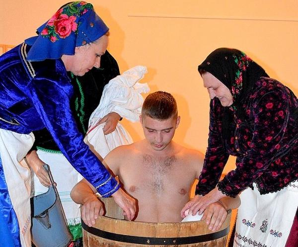 Polomskí regrúti v Dome tradičnej kultúry Gemera v Rožňave