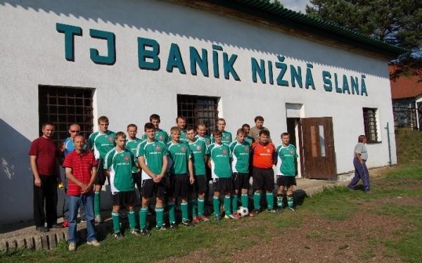 Pamätné zápasy v nižnoslanskom futbale pripomíname súčasníkom