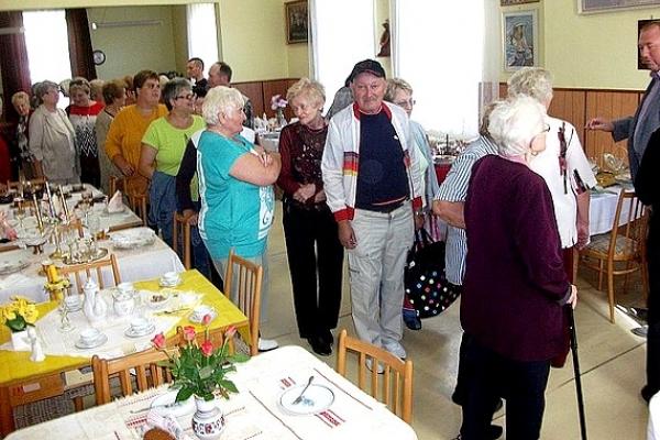 Výstava stolovania v Dennom centre Rožňava