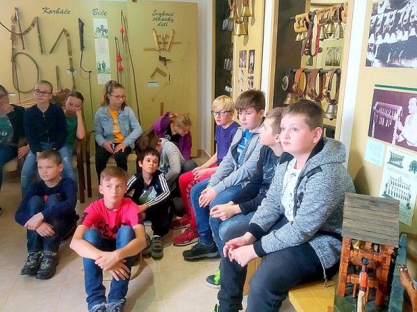 Zocháči na literárno - historickej exkurzii v Banskej Bystrici