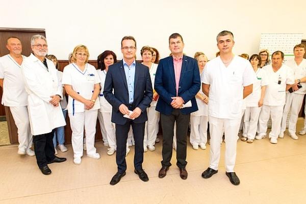 Poslanci BBSK v pondelok môžu rozhodnúť oďalšom napredovaní nemocnice vRimavskej Sobote avŽiari nad Hronom