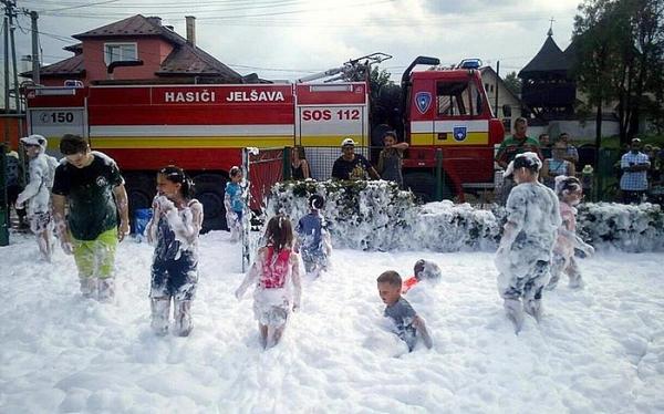 Prečo je hasičská pena aj pre deti z Chyžného taká zaujímavá