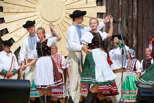 Gemerský folklórny festival v Rejdovej je najväčším podujatím v regióne, kde sa prezentuje tradičná ľudová kultúra