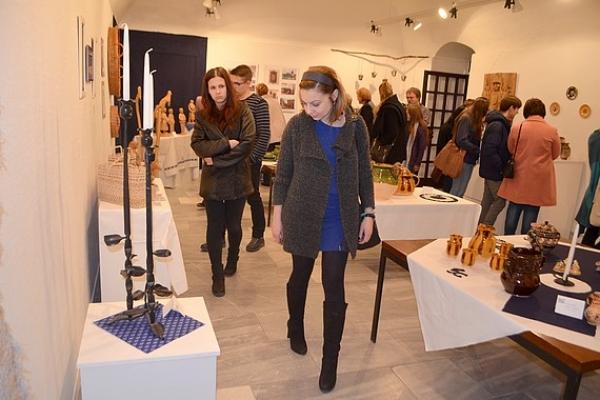 V Galérii Baníckeho múzea v Rožňave zazvonili zvony mladého rožňavského zvonolejára
