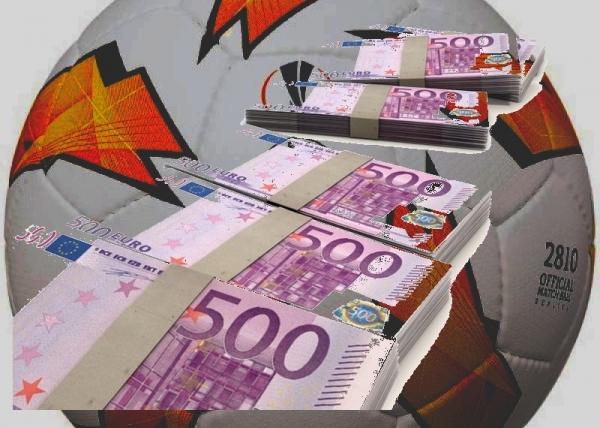 Na futbale sa diskutovalo aj o 500 eurových pokutách!