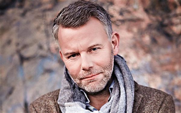 Jedna zo súčasných hviezd škandinávskeho krimi - Arne Dahl - prinesie do Bratislavy pravé Európske blues