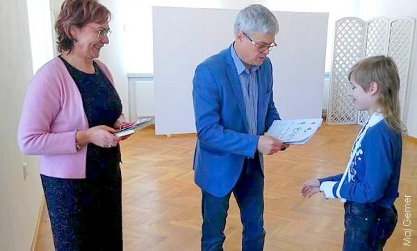 V okresnom kole súťažnej prehliadky v umeleckom prednese poézie a prózy sa zaskveli žiaci zo ZŠ J. A. Komenského