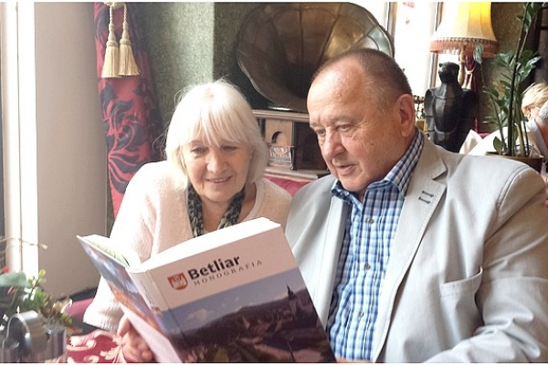 O skvelej monografii Betliar s jej zostavovateľom a s krajanmi