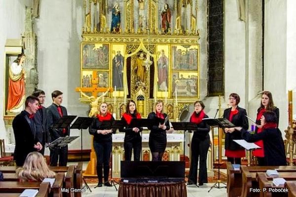 Na koncerte Advent s Jírovci v Revúcej sa predstavil spevácky zbor z Litovle v Čechách
