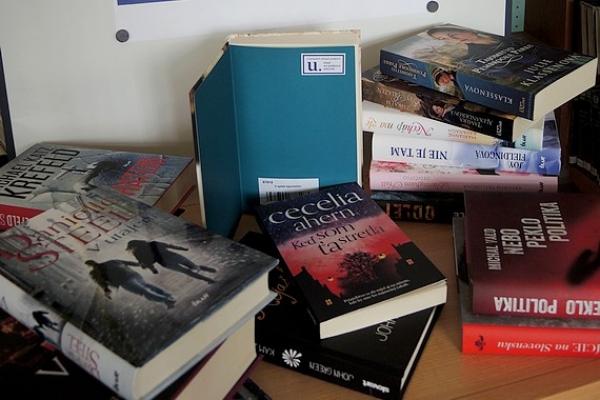 Do Mestskej knižnice Samuela Reussa v Revúcej pribudlo 122 exemplárov nových kníh