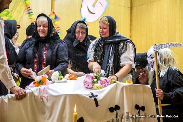 Aj v Muránskej Zdychave pod Kohútom pochovali basu