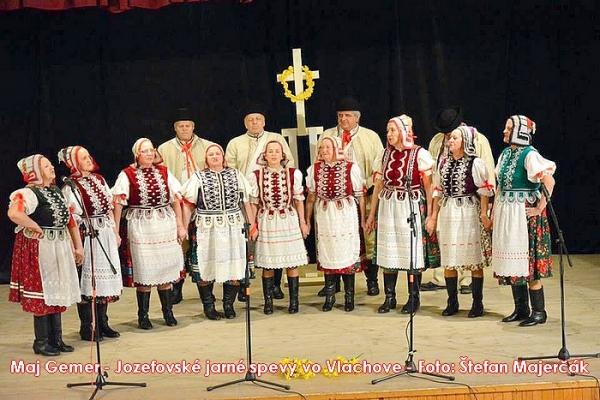 Jozefovské jarné spevy vo Vlachove začali piesňou A pred Jozefom v tot týžden