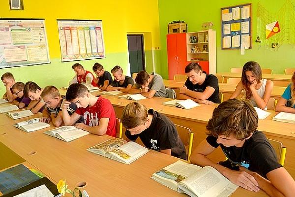 Učiaca sa škola v Roku čitateľskej gramotnosti